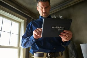 mold removal and remediation in Cypress, TX - ServiceMaster Restore consultation