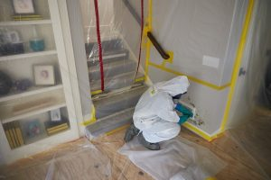 ServiceMaster assess mold remediation and removal needs in Pasadena, CA