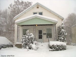 Do not allow snow to cover your house.