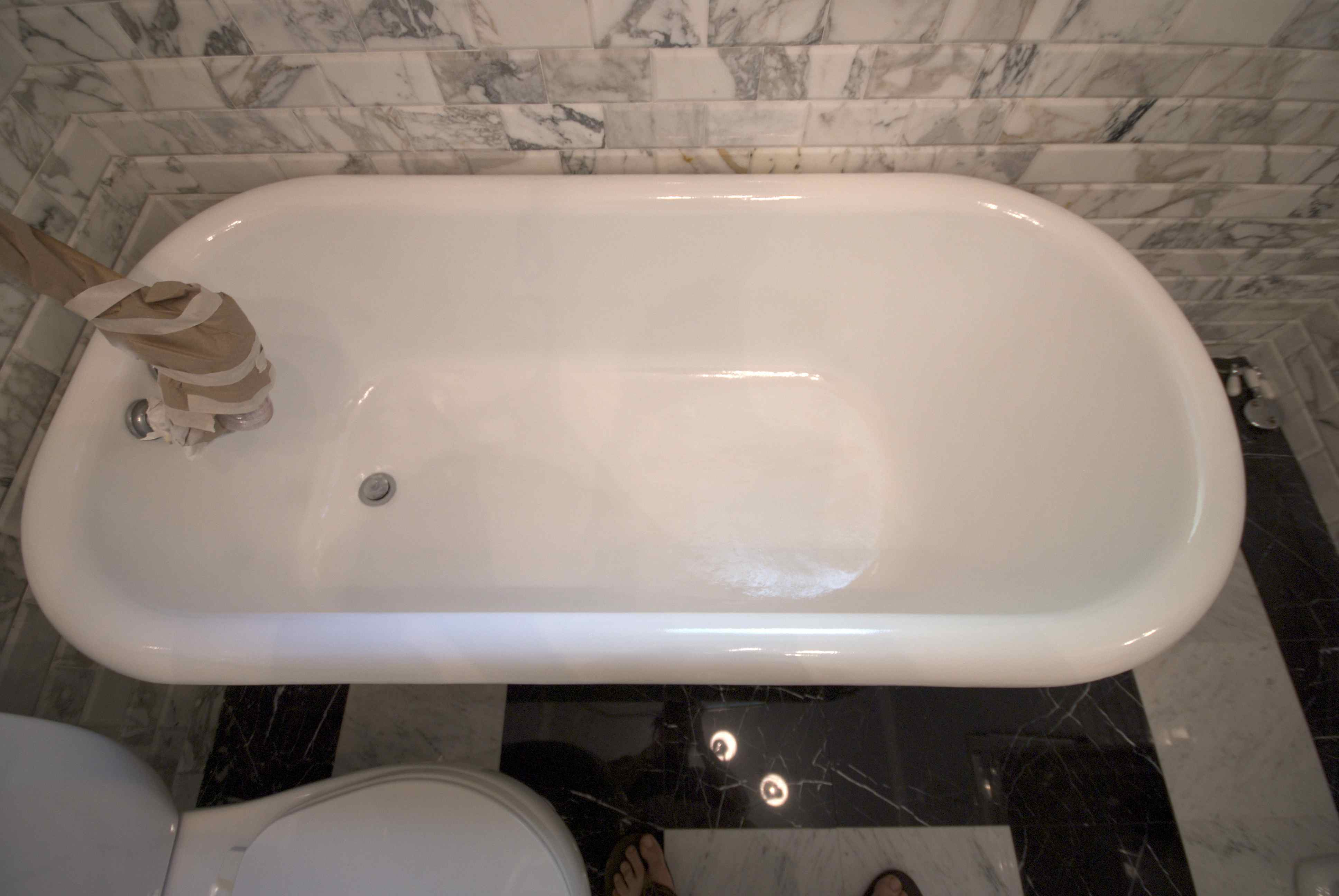 Cleaning Tips for Newly Refinished Bathtubs