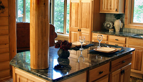 The latest kitchen trends define the countertops as the centerpiece of the room.