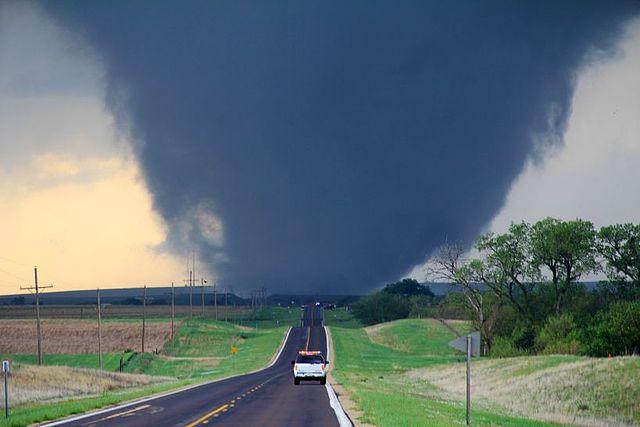 Marquette_Kansas_EF4_tornado