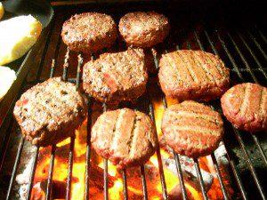 hamburgers-grilling