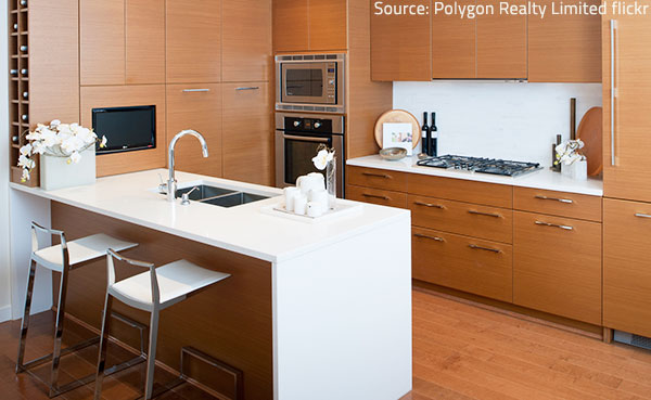 Quartz kicthen countertops are both practical and beautiful.