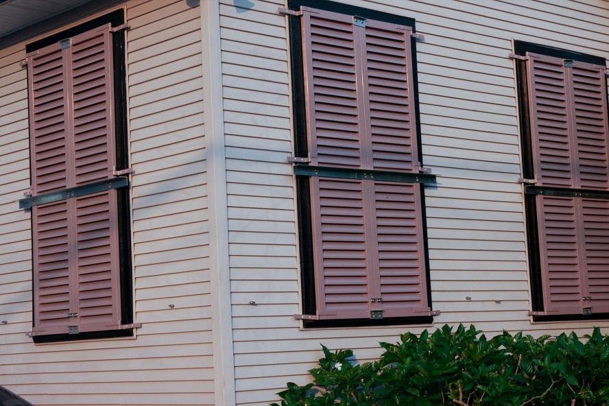 Shutters_Locked_in_Preparation_for_Gustav_New_Orleans
