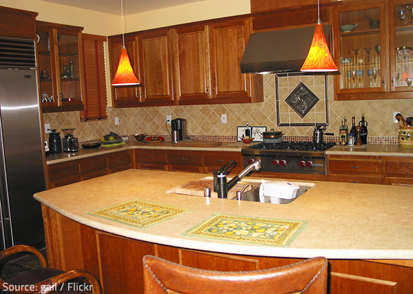 The type of edge you choose for your new granite countertops will affect not only their look, but also their functionality.