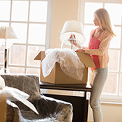 Home-Cleaning-in-Naperville-IL - livingroom Cleaning